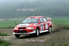 Freddy Loix Mitsubishi Lancer Evo 6.5 1000 Lakes Rally 2001 Photograph 3