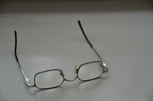 Brille oder Brillengestell