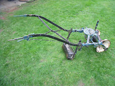 VINTAGE OLD FARMING FIELD GARDEN HAND PUSH IMPLEMENT SEEDER PLANTER SEED DRILL