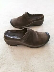 Keen Chambers Brown Suede Leather Clogs Mules Shoes Women's Size 8