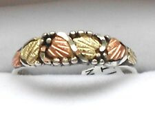 Black Hills 10 karat Gold and Silver Women's Band Ring Size 7 with Antiquing