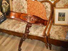 console angoliera antica in legno scolpito con piana in marmo rosso.Primi'900