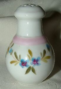 c1840 English Staffordshire SHAKER Soft Paste SPRIG Sprigware Hand Painted