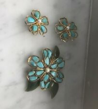 MIDCENTURY SWOBODA SIGNED SET OF EARRINGS AND A BROOCH TURQUOISE