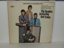 THE BEATLES - Yesterday and Today LP - CAPITOL ST 2553 - Apple Label - NICE!