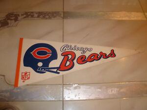 Vintage CHICAGO BEARS Football pennant banner NFL 1970S