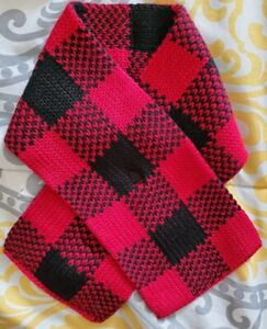 babyGap- NWT Infant's Red & Black Winter Scarf- OS