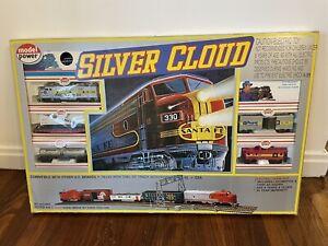 MOPAR EXPRESS Silver Cloud Train Set, HO Gauge Model Power