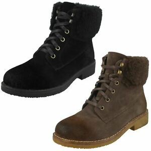 Ladies Spot On Fur Collar Ankle Boots With Zip Fastening
