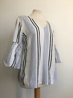 River Island White Fluted Bell Sleeve Peasant Style Boho Top Size Small 8 10