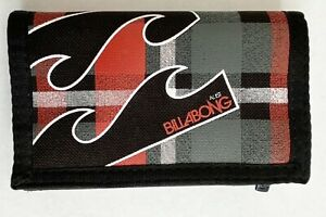 Billabong Wallet Black Red tri-fold hook & loop closure, 2 zipper pockets, named