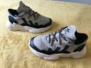 VERY GOOD CONDITION BOYS ADIDAS TRAINERS SIZE INFANT 10