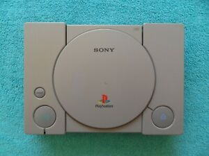 faulty - PS1 / SONY PLAYSTATION 1 CONSOLE - SCPH-7502
