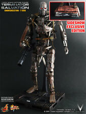 Sideshow Hot Toys Action Figure Terminator Salvation: 1/6 Scale T-600 Exclusive