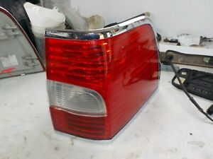 07 08 09 10 11 12 13 14  Lincoln Navigator Passenger Right Tail Light Lamp OEM