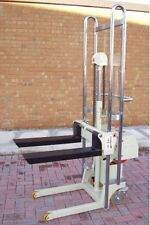 W&J 400kg SEMI ELECTRIC MINI STACKER TRUCK LIFT 1700mm Attachments Available