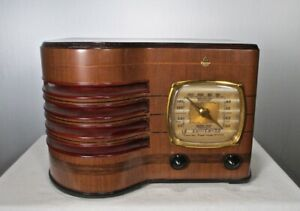Antique Emerson vintage tube radio restored and working