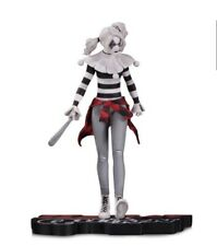 DC Collectibles Harley Quinn Red, White, and Black Harley Quinn Statue Rare New