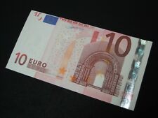 Massive Error on 10 Euro note bank wrong cutting