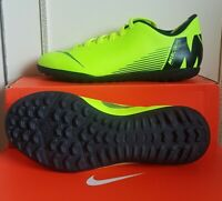 Nike Football Boots/astro turf /trainers/ shoes/boys/ Size 4