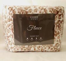 Cozee Home LEOPARD PRINT  Fleece 4 Piece Duvet Set NATURAL & WHITE KING Size New