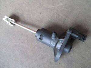 Kupplungszylinder GEBER Audi A4 B6 8E VW Kupplung Geberzyinder 8E1721401S