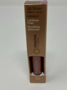 NEW Mineral Fusion Lip Gloss Luminous Color LOVELY .135 fl oz