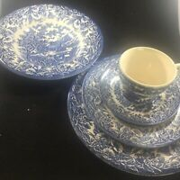 Vintage EIT China from England Blue And White Ironstone 5 Piece Place Setting