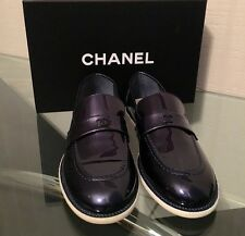 NIB sz 37 AUTH 2016 CHANEL NAVY BLUE PATENT LEATHER CC LOGO LOAFERS FLATS SHOES