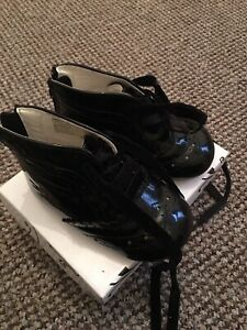 BABY GIRLS SPANISH STYLE PATENT BOOTS INFANT SIZE 3