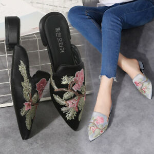 Female Chinese Style Pointed Toe Embroidered Baotou One-Step Sandals and Slipper