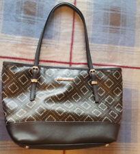 Nine West Medium sized Hand Bag Purse Black Spell-out EUC