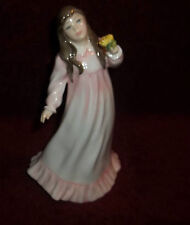 ROYAL DOULTON - Flowers For Mother HN3454 - FIGURINE