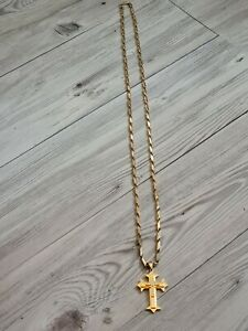 Mens Or Womens  Gold Titanium 43 Inch Chain With Pendant, Used