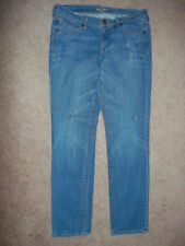 """OLD NAVY """"THE DIVA"""" JEANS SIZE 8 LONG DENIM 33X32 DISTRESSED"""
