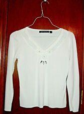 Pierri NY White Ribbed Top w/Open Crochet V-Neck/Beaded-Rhinestone Accents-S