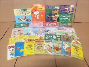 Lot of 10 SNOOPY CHARLIE BROWN PEANUTS GARFIELD Schultz/Davis Comic Book Random