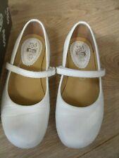 Pom D'api  White Leather Daisy  Mary Jane Pump sz uk 1..33   rrp £79