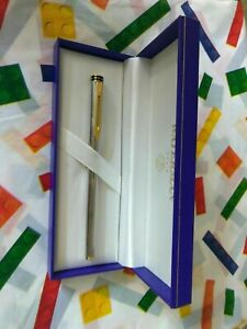 Waterman Exclusive   Fountain Pen Silver & Gold  18Kt Gold Fine Pt New In Box