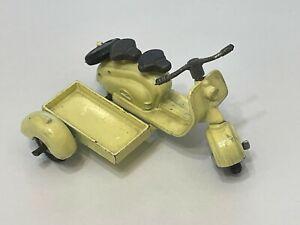 Vintage Diecast Metal Vilmer of Denmark LAMBRETTA Scooter W/ Flat Sidecar