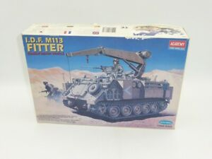 Academy TA984 Kit #1388 I.D.F M113 Fitter Combat Repair Vehicle 1/35 Scale