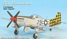 "P-51D USAAF ""Squeezie"" Airplane Miniature Model Metal Die-Cast Scale 1:72"