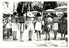Photo Argentique Femmes de Dos en Mailot de Bain Mode Vers 1930
