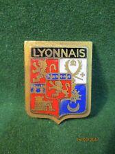 Broche. Insigne. Blason du Lyonnais