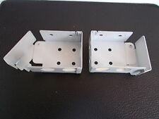 Wood Venetian Blind Metal brackets pair to fit 38mm x 57mm Top rail white med