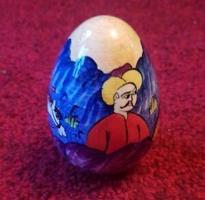 Hand Painted Porcelain Decorative Egg-shape