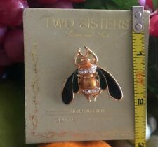 Vintage Two Sisters Glitter Critters Bee Brooch Pin. 1 Inch.