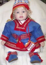 2007 LIMITED EDITION ADORA AUNDY FINLAND VINYL COLLECTOR DOLL 186 / 300