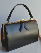 vintage Jackie Kennedy era signed Dianne black purse with bow gold tone frame