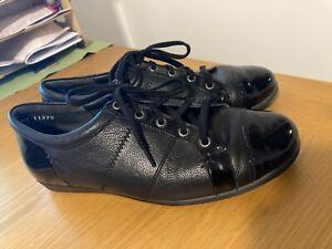 Ladies Shoes Size 39.5 XW ZIERA